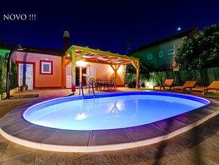 Villa  Orange with private heated pool