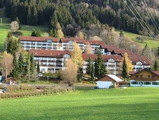 Ferienwohnung, 2 Zimmer, Sudbalkon, in ruhiger Lage mit Hallenbad und Sauna