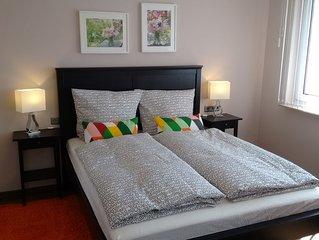 Zwei Zimmer Parterre Wohnung Wi-Fi