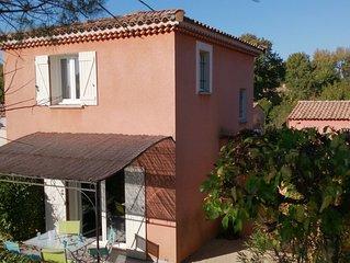 Maison individuelle climatisée piscine au Golf de la Valdaine en Drôme provençal
