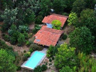 Foret maison 220m2 bois, grande piscine, ocean 15min, calme