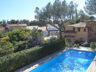 Villa spacieuse climatisée proche mer grande piscine privée,  ultra résidentiel