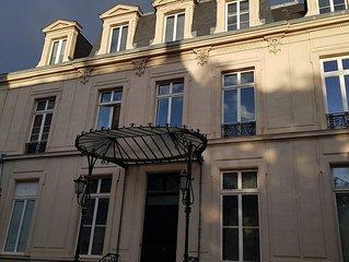 Appartement situé dans un Hôtel particulier au coeur de Reims