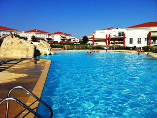 2 pièces,  résidence de standing,  belle vue mer, piscines, plages à 5 minutes