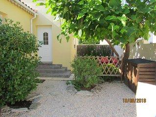 Maisonnette idealement situee dans le charmant village de Gallargues le Montueux
