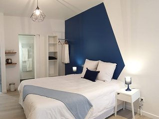 Chambre 'Bleu imperial' - Hyper-centre Epernay