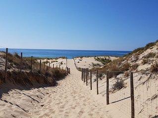 ' les pieds dans le sable '