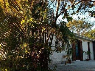 Maison entière avec jardin, proche plage et spot de plongée 'Réserve Cousteau'