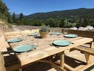 Maison / gite à Dieulefit Drome provençale  vue  sur la  nature et les montagnes