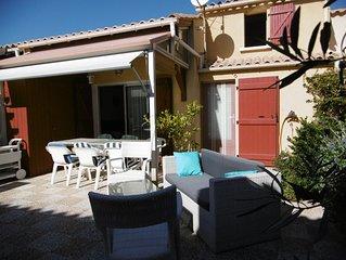 Maison Gruissan,  Résidence avec piscine, proximité plage, 6 à 8 personnes.