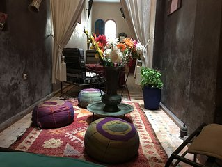 Renovated house, located in the Medina, can accommodate 4/5 pers.