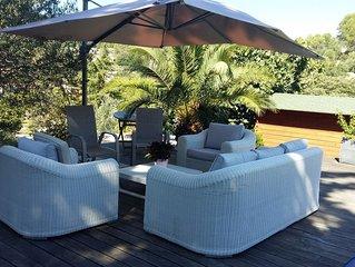 Villa pour 8 personnes avec piscine sur Figanières vue sur le village