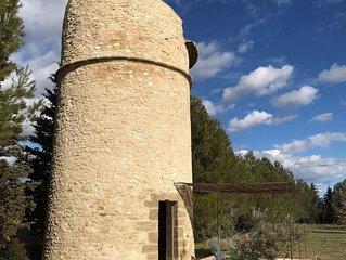 Logement insolite, Pigeonnier en Luberon avec jacuzzi