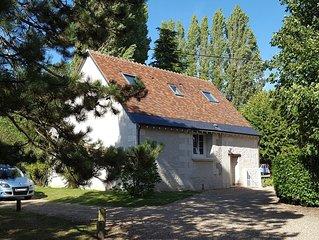 Gite du Moulin de Bacchus au coeur des chateaux de la Loire avec Piscine
