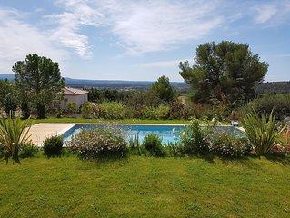 Bastide récente proche Aix en Pce idéale pour 2 familles avec enfants