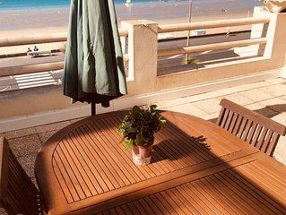 Bel appartement face mer dans 'villa belle époque' Bauloise  de caractère 1850