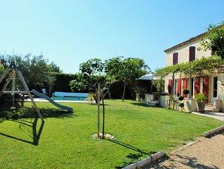 Villa provençale avec piscine entre Avignon et St Remy de Provence