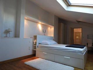 Appartement  6 couchages au dernier étage avec vue Port de Plaisance  CAPBRETO