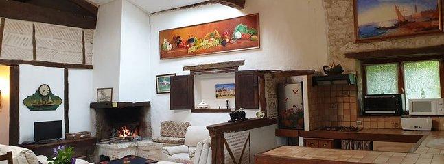 la bergerie salon cheminée