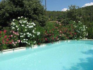 Maison independante en Provence Verte avec piscine chauffee