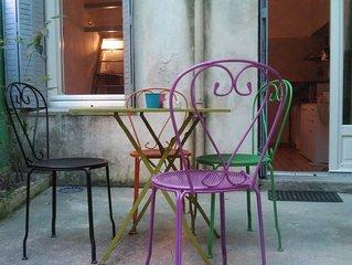 Studio charme calme avec terrasse INTRAMUROS