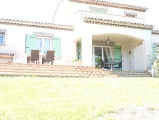 Jolie villa provencale avec piscine