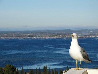 Sète T2   grande terrasse très belle vue étang, proximité plage et  centre ville