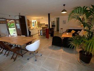 Maison fraîche, calme, 3 ch, grand jardin, parking