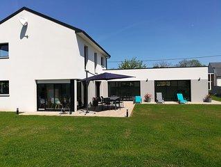 Villa avec piscine interieure