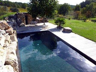 Villa avec piscine dans un vignoble de Provence