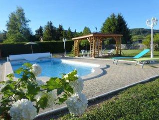 'LA  CAMPAGNARDE ' gite de vacances pour 4 personnes  avec piscine.