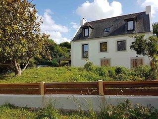 Belle Ile - Sauzon - Maison  entièrement rénovée avec jardin 10 personnes -