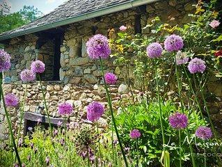 La Maisonnette : Gîtes de charme en Aveyron, au coeur de la vallée du Lot.