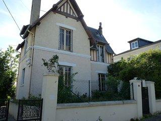 Maison dans quartier calme proche Trouville- Deauville.