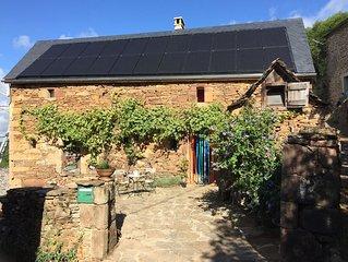 Gite authentique dans petit village Le Bez, Aveyron, Aubrac, Causses, Le Lot