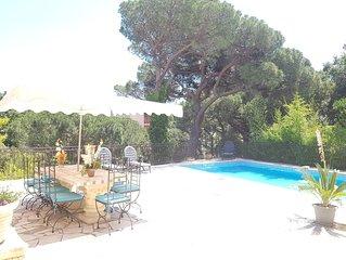 Très Belle maison  150 m2 avec une grande  piscine