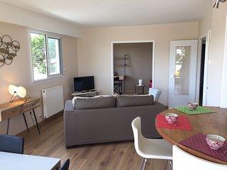 Bel appartement avec grande terrasse, calme et lumineux, proche du centre ville