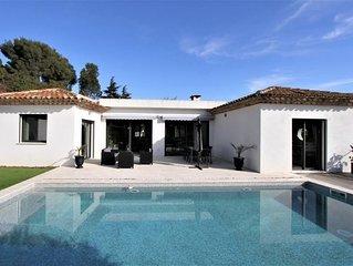 Cavalaire-Sur-Mer : Magnifique villa avec piscine a 800m des plages