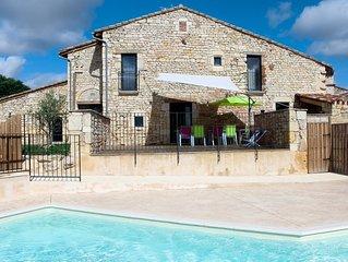 Grand Gite avec piscine chez le vigneron Indépendant