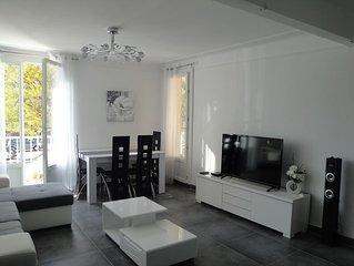 Appartement centre de Cassis avec parking, 2 chambres, climatisation, wifi
