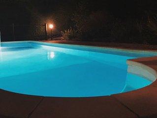 Villa 8 personnes en pierres - piscine privee - terrasse sud
