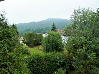 Dans une maison familiale basque