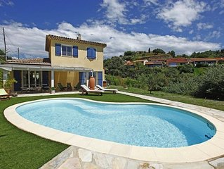 A True Gem for Family& Friends –Villa, Pool, hills