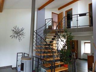 Maison renovee 4 pers. a Ruoms avec piscine privee et terrasse