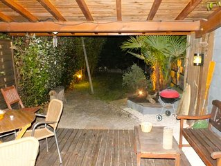 Sympatique appartement indépendant avec jardinet au calme  à 3 kms de la plage