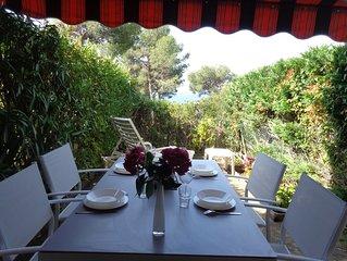 LAST MINUTE! Appart. T2, vue mer, terrasse, jardin, accès plage, parking