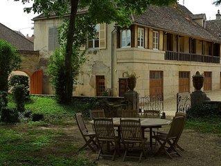 Maison 4 chambres 4 salles de bains au coeur village viticole