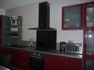 Coquet appartement 100 m² refait à neuf 5 mn du centre