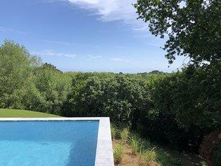 Etche Churria : Grande villa avec une vue sublime sur la Rhune et l'ocean.