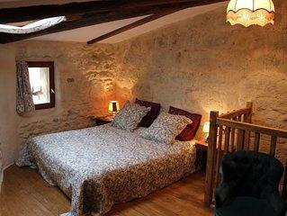 Très jolie  maison de village, chambre climatisée, hygiène renforcée.